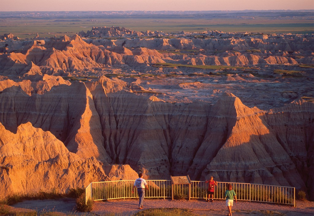 Badlands National Park lookout w people - Photo by SD Tourism