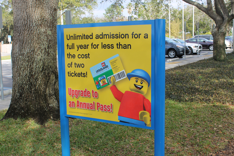 Annual Pass Sign