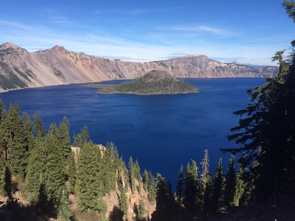 Crater Lake National Park. National Parks to visit