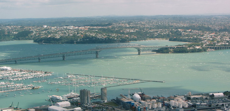 Auckland_Harbour_Bridge_aerial