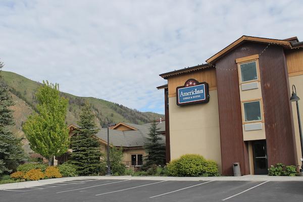 Mountain Views Flank the AmericInn in Hailey, Idaho