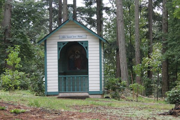 Visiting Mt. Angel, Oregon Abbey Walking Path