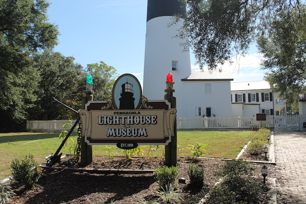 pensacola-lighthouse-and-museum